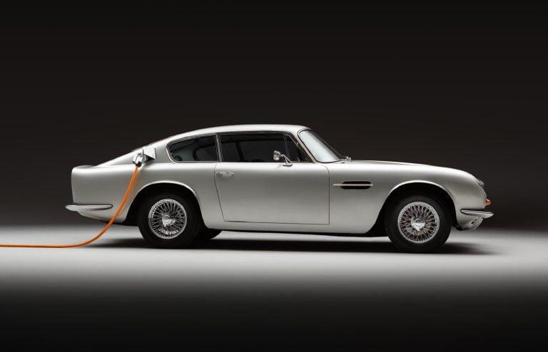 Aston-Martin-DB6-Lunaz 2